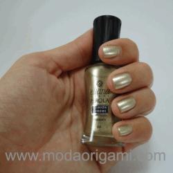 esmalte dourado eliana